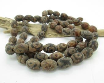 Etched Agate Dzi Barrel Bead, Big Hole Bead, Tibetan Agate Bead, 14x9mm, (10)