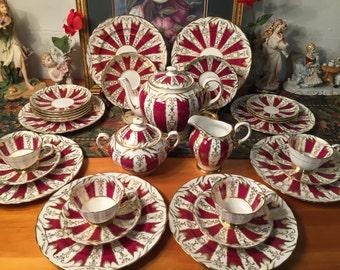 Tuscan Fine English Bone China Tea set. 31 pcs.