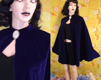 Midnight Blue Velvet Cape *70s?* Witch Wizard Pagan Neo Victorian Steampunk Romantic Mysterious Costume Halloween Gothic Lolita Cotton