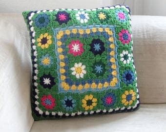Hook and polka dot pillow cover / Navy Blue and green