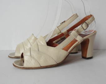 Ivory Vintage Leather Sandals // Growela // Slingback // Chunky Heel // Made In Italy