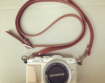 Olympus Pen leatherette strap suitable for cross body bag or camera strap perfect for crating making your own bag or to give a vintage look