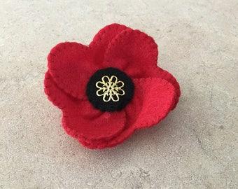 Red Poppy Brooch. Felt Flower Brooch. Remembrance Day. Love Token. RPB