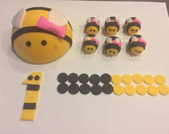 Fondant Bumble Bee with Bow Cake Topper Set
