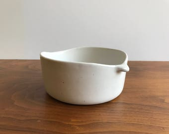 Bennington Potters Lugged Bowl #1641 in White by Yusuke Aida and David Gil