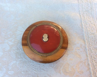 Vintage Celluloid Wood Cameo Empty Compact 1950's ~ FAB!