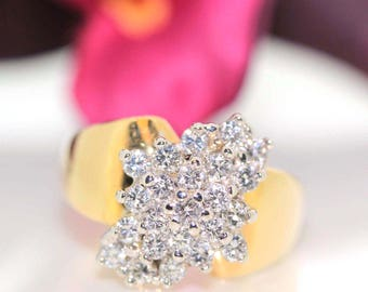 14k Exquisite Yellow gold Natural Round VS-1 Diamond cluster ring 1.27ctw