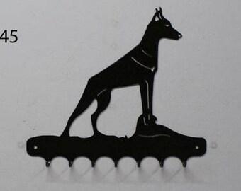 Hangs key pattern metal: dobermann