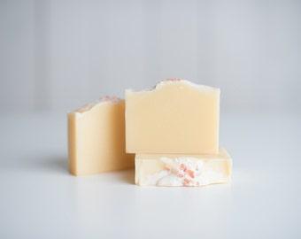 Lemongrass - Handcrafted Soap - Vegan Skincare - Luxurious Skincare - Natural Soap - Pink Himalayan Salt