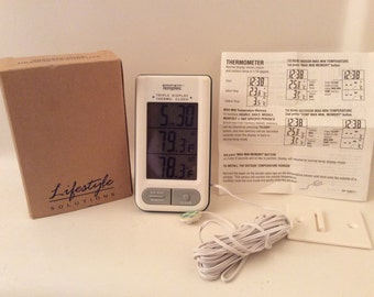 VTG New! Your Own Home Weather Center, Clock, Indoor and Outdoor Temperatures, Life Style Solutions/Avon.