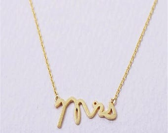 Mrs. Script Engagement Wedding Style Dainty Necklace