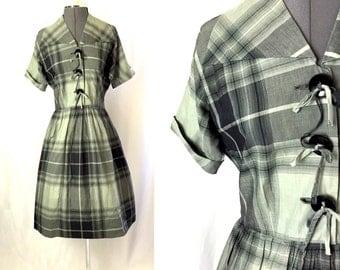 Medium/large ** 1950s GRAY PLAID Toni Todd cotton dress ** vintage fifties rockabilly dress