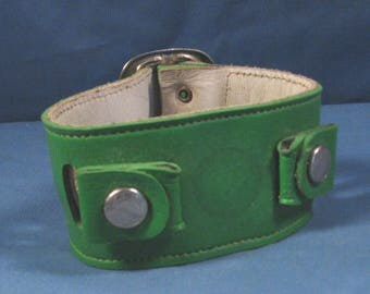 Vintage 70s Wide Watchband - Green Leather