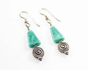 Vintage Silver Tone Turquoise Triangle Round Metal Bead Dangle Earrings