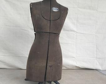 Acme Dress Form