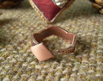 Serpent / Snake Ring in Copper - Scale-like Texture. Suitable for Monograms.