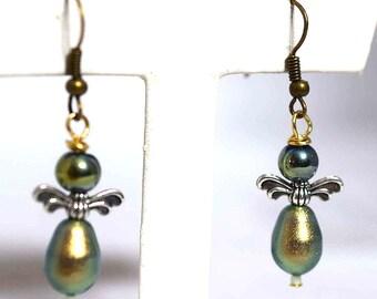 Swavorski Pearl Earrings, Angel Earrings, Valentine Earrings, Irridesant Green Earring