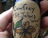 Organic Comfrey and St. John's Wort Oil -- 2oz