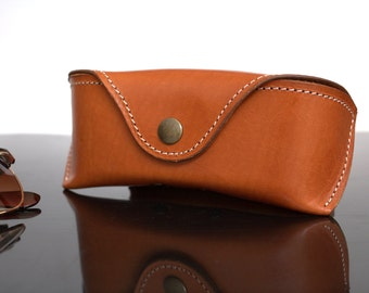 Glasses case for Wayfarer, saddle tan