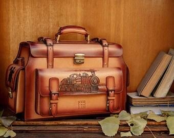 Men's vintage handmade travel bag, pyrographied Far West, sac de voyage travel case for men