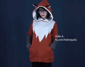 FOX hoodie with eras and pockets