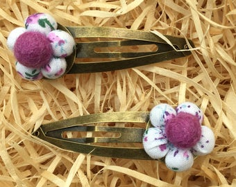 Pair of Cotton Fabric Flower Hair Snap Clips | White | Pink | Floral | Antique Gold Bronze