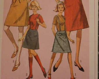 Vintage  Simplicity 6594 Sewing Pattern A Line Above Knee Skirt  and Jumper with Buttons Pockets- Waist 24