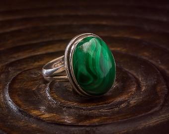 Malachite 925 Silver Ring Size 9