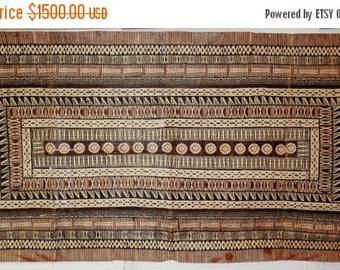 XL wall hanging Fijian Masi Tapa cloth, fine and detail preserved tribal historical symbols w. tree lacquer white brown black