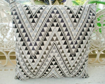 Pillow cover chevron