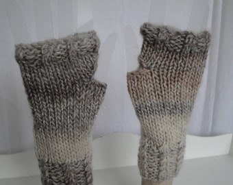 beige sparkle mitts, wool mix mittens, texting mitts, sparkle gloves, fingerless mittens, fingers-free mitts, cream ombre mitts, handwarmer