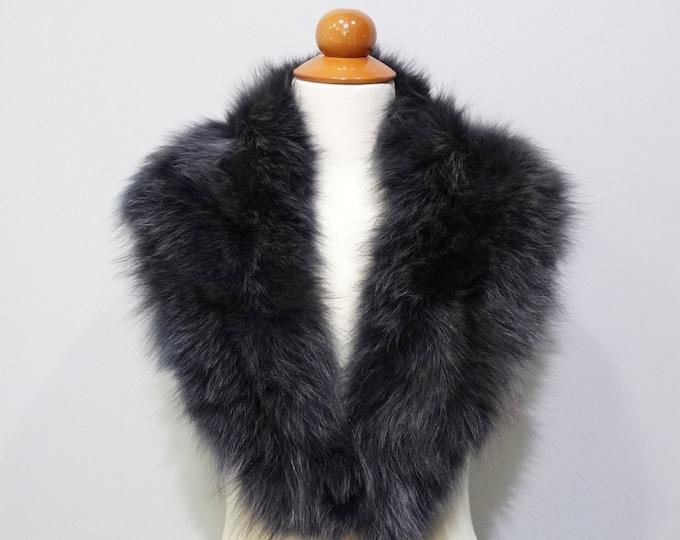 Large black fox fur collar with gray shadows F525