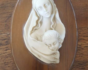 Wooden plaque of Mary and Jesus...Vintage...Made in Italy