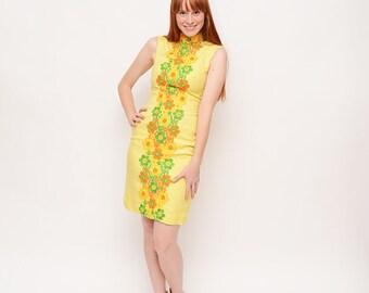 60s Yellow Mod Dress - Floral, Oriental Style, Wiggle Dress,