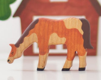 Wooden horse toy Farm Animals Waldorf Learning toy Miniature animal figurines Waldorf nature table  Handmade Toys for toddlers