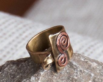 ATIK-handcrafted Brass Ring open with application in copper