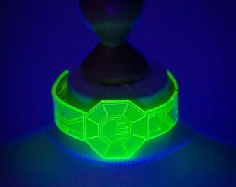 Android Choker UV Green