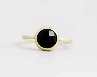 Onyx Ring, Black Onyx Ring, Onyx Gold Ring, Black Gemstone Ring, Black Stone Ring, 14K Solid Gold Ring, Black Gem Ring, Stacking Ring GR0228