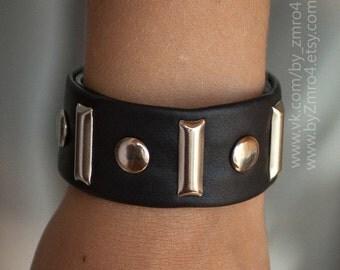 Handmade leather bracelet. Woman bracelet. Black and silver bracelet