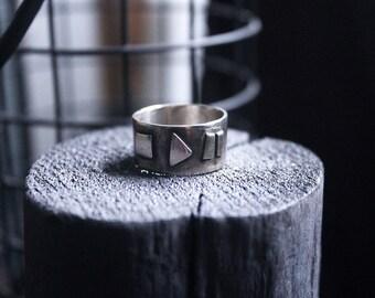 White copper ring of Music Lover.