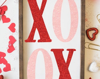 XOXO Sign, Valentines Day Wood Sign, Hugs and Kisses, valentines day sign, valentine sign, valentine decor wood sign, home decor, valentines