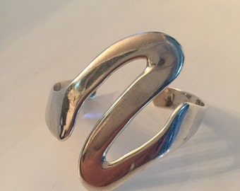 Vintage Sterling 925 Taxco Mexican Wave Bracelet/Cuff