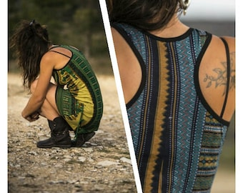 short strapless dress. African print. Tribal, ethnic, festival. Stamped Bohemian africano.chicas.