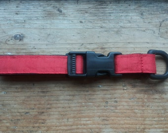 Simply red collar for dog