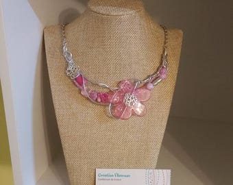 Pink flower necklace, silver wire