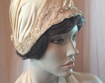 Great Gatsby Ivory Cloche Hat Antique Lace Pearls Essence of Era 1920's