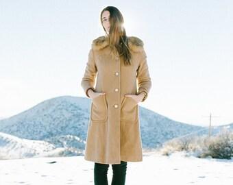 SALE! Vintage 1960's Fur Collar Swing Wool Coat- Beige S/M   1960's Tan Coat