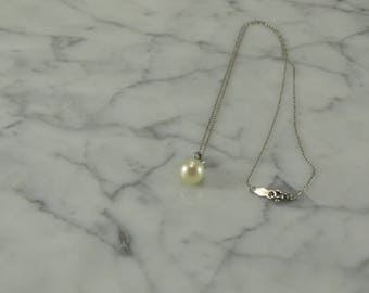 "14K Pearl White Gold Pendant Necklace (14 1/2"")"