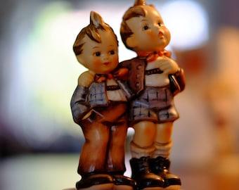 """Hummel #896 """"Max and Moritz"""" Figure"""