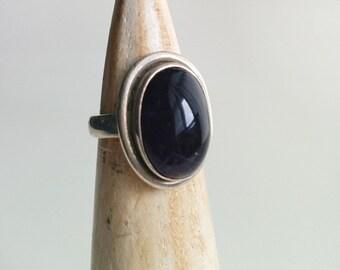 Sterling Silver Vintage Handmade Bezel Set Amethyst Cabochon Ring